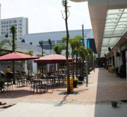 Summarecon Digital Center Restaurant Area